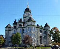 Jasper County Courthouse in Carthage, Missouri (MO)